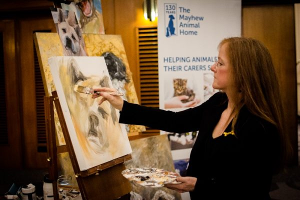 claire-thorogood-painting-prince-at-our-tinsel-and-tails-event-please-credit-magda-wrzeszcz-600x400